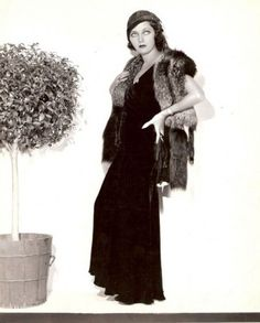 """The photo """"Adrienne Ames"""" has been viewed 198 times. Hollywood Fashion, Old Hollywood, Fashion 1920s, Adrienne Ames, Vintage Photographs, Fur Coat, Elegant, How To Wear, Beauty"""