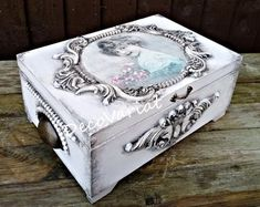 Large Keepsake Box, Wedding Keepsake Boxes, Wedding Gift Boxes, Shabby Chic Boxes, Shabby Chic Jewellery Box, Jewelry Box Makeover, Costura Diy, Large Jewelry Box, Decoupage Box