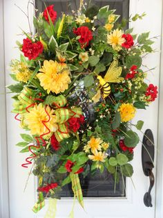 Lrg Red Geranium and yellow Dahlia Beauty to adorn your front door or a Mothers Day gift with lrg Bumble Bee & Butterfly among many flowers
