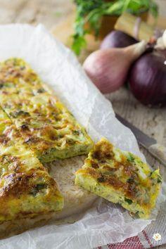 Frittata di cipolle al forno Omelette, Arancini, Bruschetta, Buffet, Finger Foods, Baked Potato, Quiche, Side Dishes, Avocado