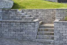 Rådhus mur kombinert med en trapp.