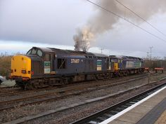 This picture shows class 37, 37607 firing up at York Postal Sidings, the 37 and 47 should have gone on to work 0Z47 however for unknown reasons a DRS 66 did the run instead.     http://peview.com/khoi-nghiep/  http://peview.com/quan-ly-lanh-dao/  http://peview.com/phat-trien-ban-than/