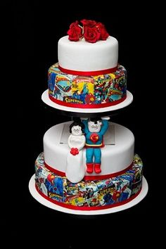 Crumbs Cakes Super hero wedding cake - minus the people- Grooms cake Marvel Wedding, Comic Book Wedding, Geek Wedding, Marvel Cake, Superman Cakes, Marvel Avengers, Wedding Cake Designs, Wedding Cake Toppers, Wedding Cakes
