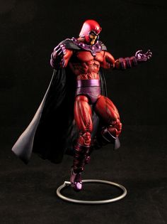 Magneto from Anthony's Custom Action Figures. A really well made custom X-men statue. Gi Joe, Dc Anime, Action Toys, Custom Action Figures, Sideshow Collectibles, Figure Model, Cultura Pop, Hero Arts, Marvel Legends
