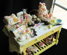 Easter Table by goddess of chocolate, via Flickr