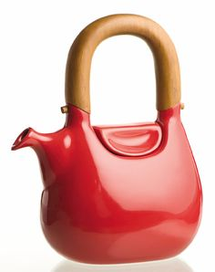 "the ""handbag"" teapot"