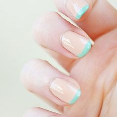 Mani of the Day: Mint Tips