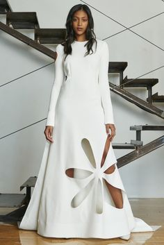 Rosie Assoulin Resort 2016 Fashion Show Runway Fashion, Fashion Show, Fashion Outfits, Womens Fashion, Fashion Design, Uk Fashion, Fashion Spring, Pretty Dresses, Beautiful Dresses