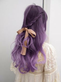 I'm not into crazy colored hair but I actually think this is pretty cute