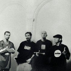 John Dolmayan, Serj Tankian, Shavo Odadjian y Daron Malakian!!!!