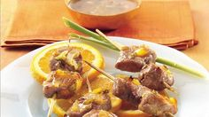 Ginger-Orange Pork Skewers-Give guests' taste buds a pleasant little jolt with these low-fat pork skewer appetizers, marinated in (and served with) an orange-ginger sauce. Skewer Appetizers, Skewer Recipes, Pork Recipes, Healthy Recipes, Healthy Food, Ginger Pork, Ginger Sauce, Dinner Entrees