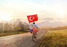 Turkcell, Cumhuriyet'in 94. yılı için tüm müşterilerine 29 Ekim günü geçerli olmak üzere 500 dakika, 1 GB ve 1000 SMS hediye ediyor.