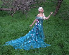 Disney Character Cosplay Stunning Queen Elsa Frozen Fever (Spring Dress) created for Cosplay by glimmerwood - Frozen Cosplay, Elsa Cosplay, Disney Cosplay, Anna Costume, Costume Dress, Disney Princess Dresses, Disney Dresses, Elsa Frozen, Movie Costumes