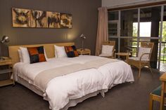 Graskop Hotel offers accommodations in the center of Graskop. Guests can enjoy breakfast and optional dinner in the on-site dining-room. 2 Twin Beds, Double Room, Full Bed, At The Hotel, Smoking Room, Cool Pools, Best Location, Outdoor Pool, Hotel Offers