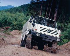 Mercedes-Benz Unimog 3000 - 5000