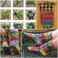 Entrelac Knitted Rainbow Socks - Million Ideas Club Finger Knitting, Arm Knitting, Knitting Socks, Knitting Patterns, Crochet Patterns, Knitting Tutorials, Stitch Patterns, Knitted Socks Free Pattern, Crochet Socks