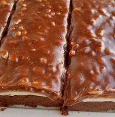 Sweet Desserts, Easy Desserts, Sweets Recipes, Cookie Recipes, Chocolat Recipe, Homemade Sweets, Cata, Sweet Cakes, Dessert Bars