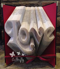 Les Livres pliés - Book Folding Pattern 'Love' (304 Folds) PDF & Tu - #5623 | Stall & Craft Collective
