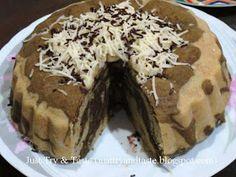 Just Try & Taste: Cake Kukus Pisang Coklat Keju Easy Cake Recipes, Candy Recipes, Sweet Recipes, Dessert Recipes, Marmer Cake, Bolu Cake, Indonesian Desserts, Indonesian Food, Resep Cake
