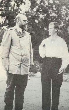 Emperor Alexander III (1845 – 1894) of Russia with his son Grand Duke Mikhail Alexandrovich. #Russian #history #Romanov