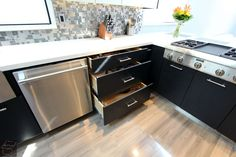 Modern Style #Kitchen #Remodel with Sophia line #cabinet in San Clemente Orange County