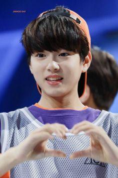 Produce 101, Cute Korean Boys, Cute Boys, Ayato, Ulzzang Boy, Kpop Boy, K Idols, Pretty People, Little Boys