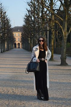 One of my favorite outfits ffrom my blog. Long velvet dress and midi coat for fall/winter. | Look do Dia - Inverno 2014 em Karlsruhe na Alemanha