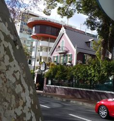 Zoning rules - not big here but actually great contrasts never seen before.... Funchal Madeira