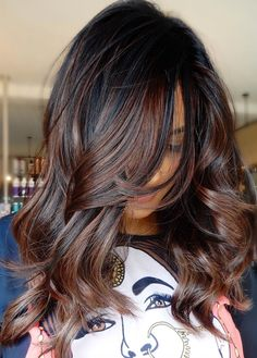 Honey blond to the rescue! If your platinum blond style is frying your hair, go Brunette Color, Balayage Brunette, Dark Brunette, Balayage Hair Dark Black, Black Ombre, Highlights For Black Hair, Auburn Highlights, Hair Styles Brunette, Dark Brown Hair With Highlights And Lowlights