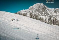 Ski in front of Mont Blanc ph. Lorenzo Belfrond Photographia