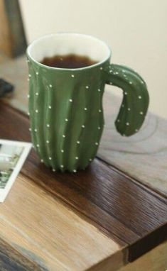 Cactus mug. Love this kind of humour. with a flower tea strainer? Kitchenware, Tableware, Cute Mugs, Mug Cup, Ceramic Pottery, Ceramic Cups, Coffee Cups, Tea Pots, Sweet Home