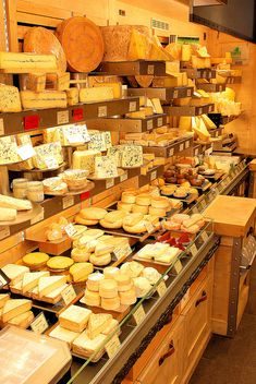 Une fromagerie à Paris ♡ fromage ♡ cheese ♡ Käse ♡ formatge ♡ 奶酪 ♡ 치즈 ♡ ost ♡ queso ♡ τυρί ♡ formaggio ♡ チーズ ♡ kaas ♡ ser ♡ queijo ♡ сыр ♡ sýr ♡ קעז Antipasto, Cheese Store, Cheese Display, Fromage Cheese, Kinds Of Cheese, Butcher Shop, Homemade Cheese, Expensive Taste, Cinnamon Cream Cheeses