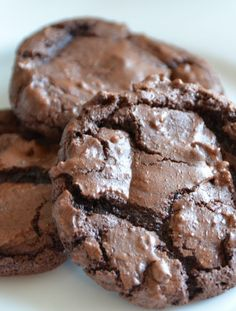 Vegetarian-  Low FODMAP Recipe and Gluten Free Recipe - Chocolate cookies   http://www.ibscuro.com/low_fodmap_vegetarian_recipes_chocolate_cookies.html