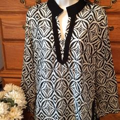 Cynthia Rowley Black/White Tunic NWT NWT .  100% cotton and light weight material.  Cute black edging that slits up the sides. Cynthia Rowley Tops Tunics