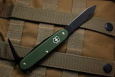 [SOLD] For Sale Victorinox Olive Green Alox Pioneer with Black Oxide Tools - Multitools for Sale - Multitool.org
