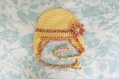 Alli Crafts: Free Pattern: Baby Earflap Hat - 6 months  To use with cabbage patch hat