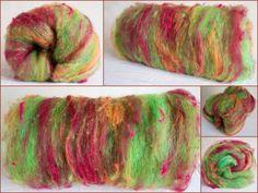 Hand Carded textured  batt Art batt Merino hand by YummyYarnsUK