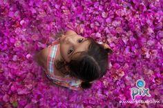 fotografía, niña, retrato, verano, flores, bugambilias, colores