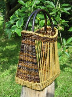 Hand bag, willow