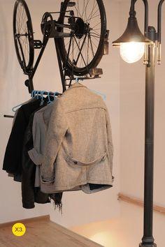 porte manteau en pièces détachées de vélo