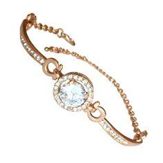 Стилна гривна за дами, инкрустирана с бели австрийски кристали и 18 карата розово златно покритие, пленителен подарък за всяка жена с усет за красиви бижута. Прецизна изработка  и неповторим дизайн, съчетани в тази красива дамска гривна. Открийте в онлайн бижутерия Изискани.com най-стилните бижута за Вас! Дължина на гривната: регулируема, 14 см. + 7 см. Тегло на гривната: 19.5 гр. Камъни на гривната: 3.5 carat CZ