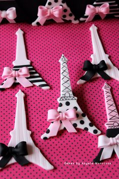 Set of edible Eiffel Towers cupcake toppers by CakesbyAngela on Etsy, $56.00