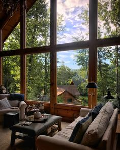mountain homes Stormy evenings have me wishing to be in the mountains in a cozy home like this one I was lucky enough to stay at on Watauga Lake. Home Interior Design, Interior And Exterior, Interior Ideas, Hygge Home Interiors, Mountain Homes, Mountain Living, Cabin Homes, Lake Homes, Dream Rooms