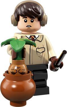 LEGO Harry Potter and Fantastic Beasts Minifigures 71022 Neville Longbottom Lego Harry Potter, Theme Harry Potter, Harry Potter Movies, Neville Longbottom, Lego Disney, Voldemort, Draco Malfoy, Minifigures Lego, Lego Boxes