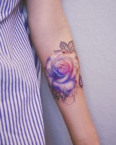 Feed Your Ink Addiction With 50 Of The Most Beautiful Rose Tattoo Designs For Men And Women – KickAs - Tattoo Oberschenkel Frau Tattoo Designs For Girls, Flower Tattoo Designs, Tattoo Designs Men, Pretty Tattoos, Love Tattoos, Tattoos For Guys, Cross Tattoos, Rose Tattoos For Women, Sleeve Tattoos For Women