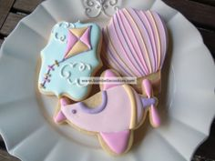 Hot air balloon and kite cookies