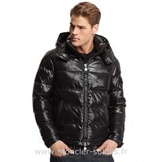 Vest Moncler Homme Court Noir-c Vest, Black Man, Men s Fashion, Fabric 6e623ebbde5