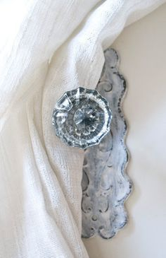Vintage Crystal Door Knob Tie Back Good Idea