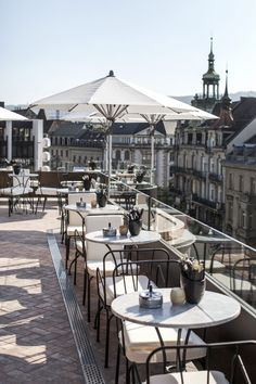 Rooftop Terraces: Cafes and Restaurants Zurich Garden Cafe, Rooftop Terrace, Waterfront Restaurant, Restaurant Design, Rooftop Decor, Grand Terrace, Small Cafe Design, Bar Interior Design, Small Luxury Hotels