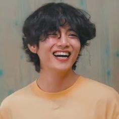 Taehyung Cute, Taehyung Smile, Foto Bts, Bts Photo, Daegu, V Smile, Jimin, V Chibi, Bts Cute